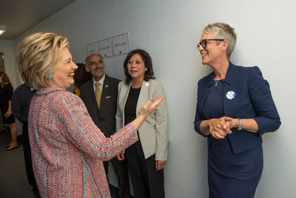 Jamie Lee Curtis with Hillary Clinton