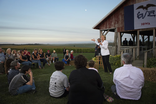 Sec. Clinton addresses a crowd of supporters on the Tabor Farm in Iowa.